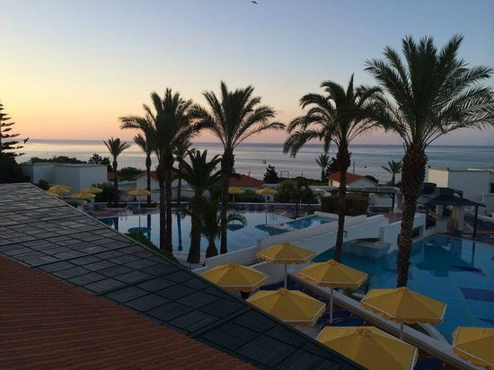 Mitsis Rodos Maris Resort & Spa: Sunset view from our room