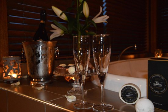 Cedars Mount View: luxury package - great selection of goodies