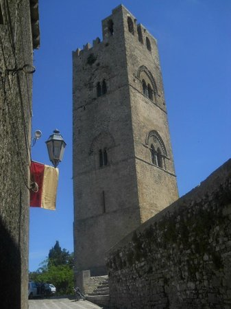 IL Duomo: Il campanile