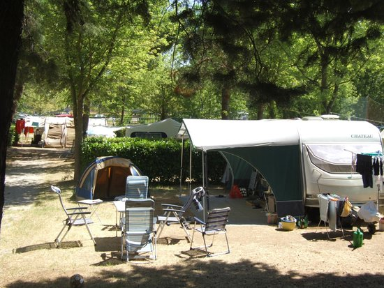 Camping Villaggio Italgest: piazzola molto rilassante e tranquilla