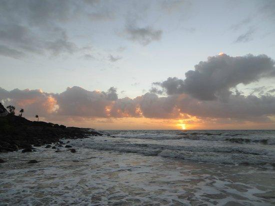 Four Mile Beach: Sunrise from the beach