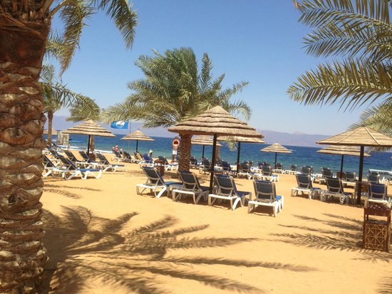 Mövenpick Resort Tala Bay Aqaba: Beach View
