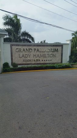 Grand Palladium Lady Hamilton Resort & Spa: Sign