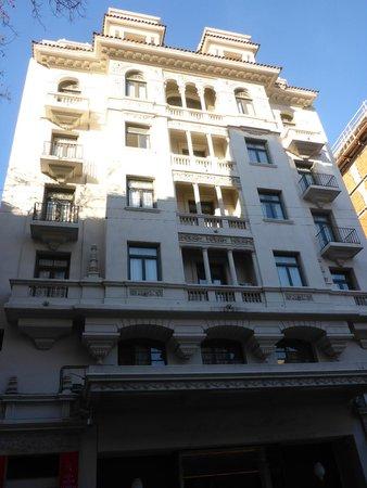 Esplendor Hotel Cervantes: The view of the hotel