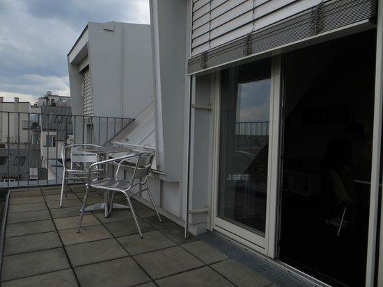 STANYS Das Apartmenthotel: Терраса-балкон