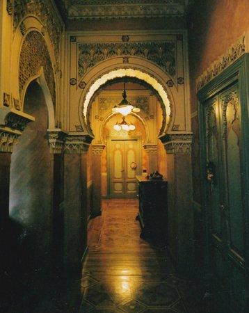 Villa Crespi : 凝った装飾がされた内装