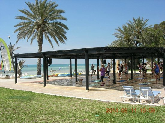 Club Med Djerba la Douce: fitness face à la mer