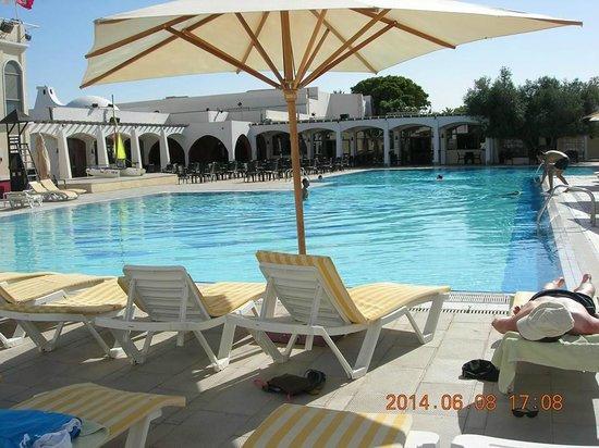 Club Med Djerba la Douce : Piscine loisir coté LA DOUCE