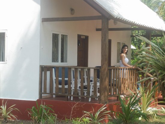 Hotel Awalé Plage : hotel safari