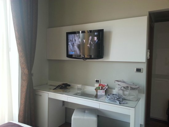 Giulietta e Romeo Hotel: tv in camera