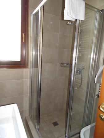 Giulietta e Romeo Hotel : doccia