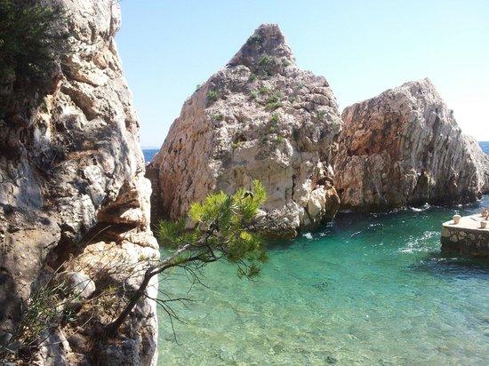 Sveta Nedilja, Kroatien: Laguna Beach...