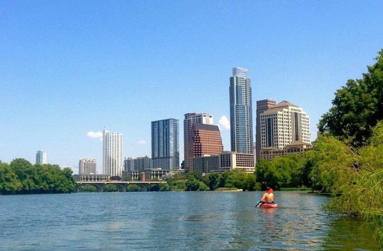 Lady Bird Lake Hike-and-Bike Trail : View of downtown Austin from south of the lake.