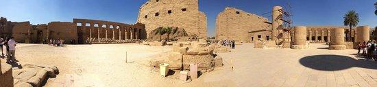 Avenue of Sphinxes: Панорама внутри