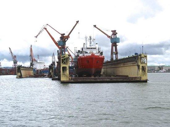 Novotel Goteborg: Floating Ship's dock