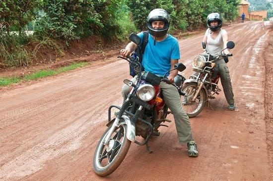 Kampala Boda Boda City Tours: On the bikes