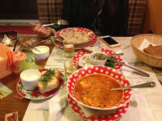 Katyusha : Все что на столе безумно вкусно!!!!
