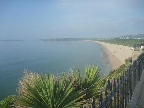Giltar Hotel: beach