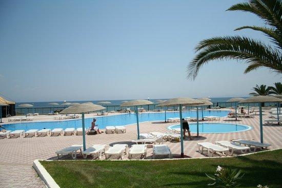 Corfu Sea Gardens: Pool Area