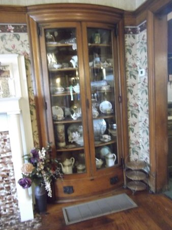 English Ivy Restaurant: Unique China Cabinet Built Into The Wall