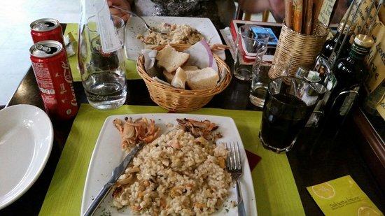 Al Bacco Felice: Risoto de frutos do mar.  Simplesmente delicioso. Excelente atendimento.