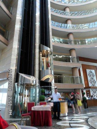 Long Beach Resort Hotel & Spa: hotel reception