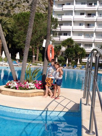 Apartamentos Siesta I: Pool
