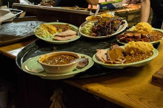 Salt Lick BBQ : Tray ready for the table