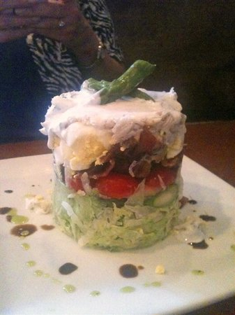 Pearlz Oyster Bar: Pearlz Stacked Salad