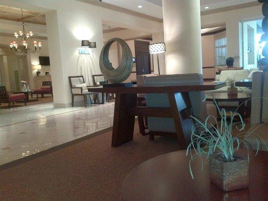 Real InterContinental San Pedro Sula at Multiplaza Mall: Hotel lobby