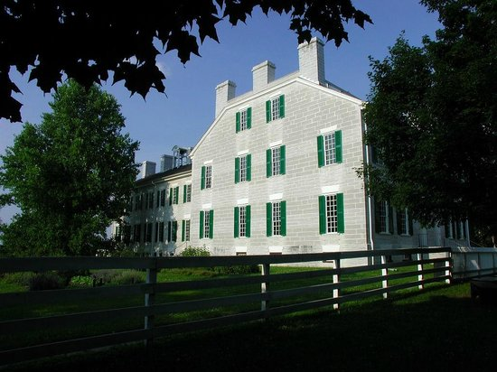Shaker Village of Pleasant Hill: Center Family House