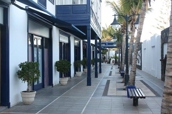 Hesperia Lanzarote : Puerto Calero Marina