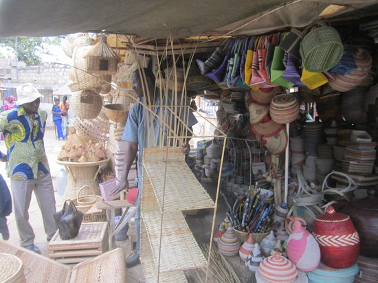 Mbour, Senegal: traditional crafts