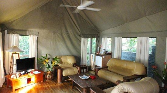 Sau Bay Fiji Retreat Granite Wetbar in Luxury African Safari tent & Granite Wetbar in Luxury African Safari tent - Picture of Sau Bay ...