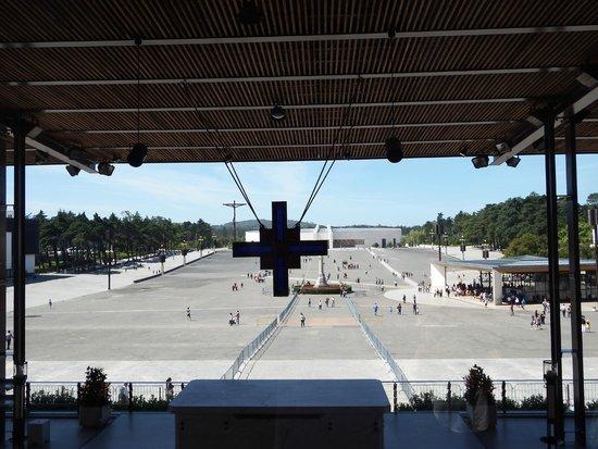 Basilica of Nossa Senhora do Rosário de Fátima: Santuário de Fátima, Portugal