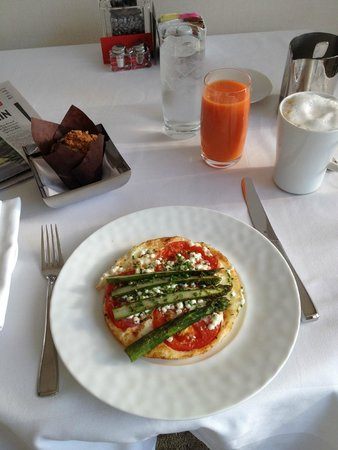 Four Seasons Hotel Toronto : Room service was fabulous