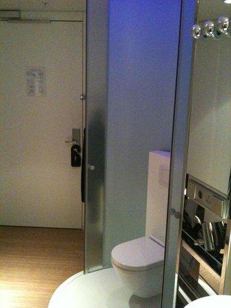 citizenM Schiphol Airport : Zimmer 2