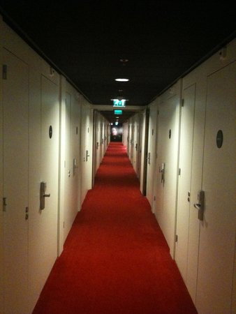 citizenM Schiphol Airport: The Shining POV