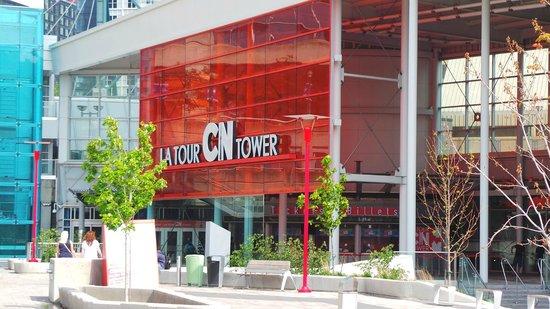 Cn Tower Picture Of Hilton Garden Inn Toronto Downtown Toronto Tripadvisor