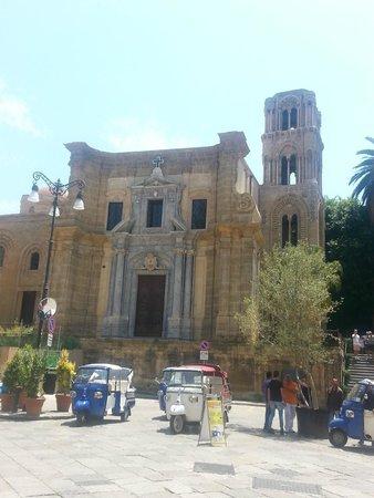 Santa Maria dell'Ammiraglio (La Martorana): facciata