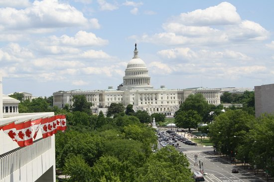 Newseum: View over Washington from the balcony