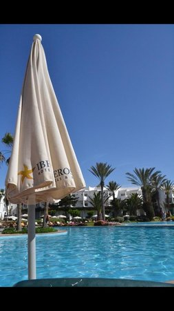 Iberostar Founty Beach: Pool side