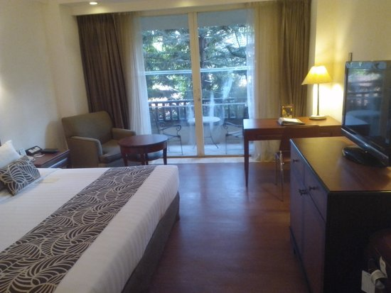 Kuta Paradiso Hotel: The hotel room