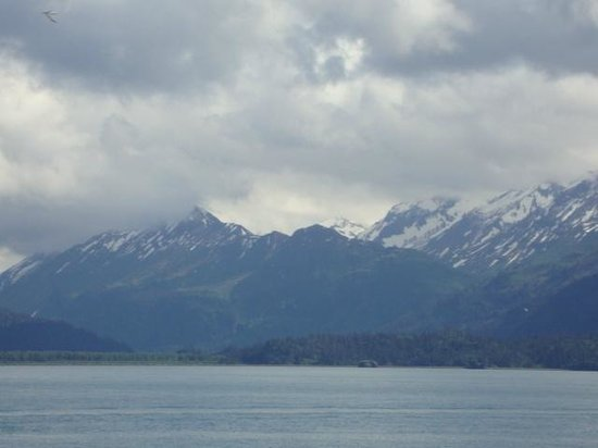 Land's End Resort: View of the Mountains from Room 126