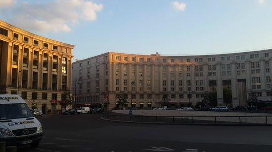 Hôtel Concorde Montparnasse: area touching to hotel