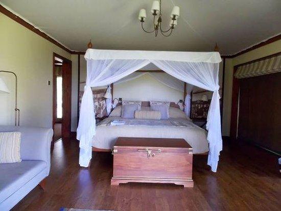 Lake Elmenteita Serena Camp: the standard room
