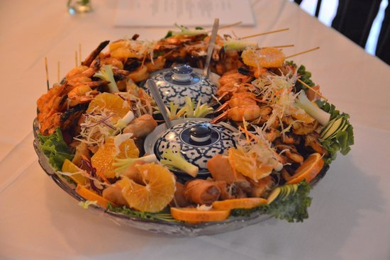 Beauregard's Thai Room: Appetizer tray ...