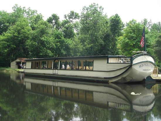 Monticello III Canal Boat Ride : The Monticello III