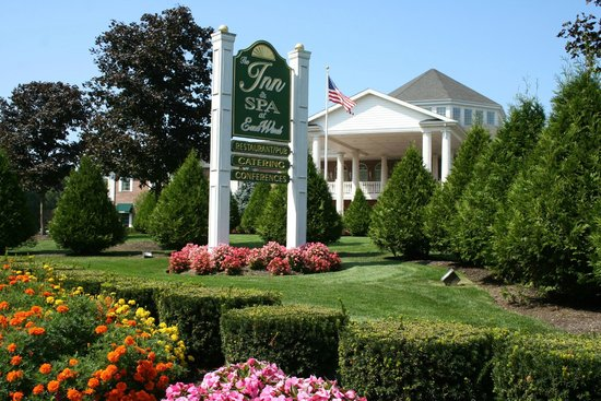 The Inn at East Wind: Front View of Entrance at East View Long Island