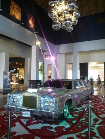 Hard Rock Hotel & Casino Punta Cana: Modanna's car